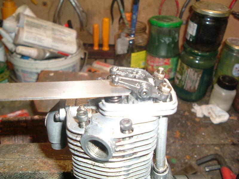 Les moteurs  4 temps (révision et réparations) Dscf2845
