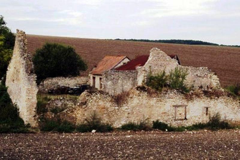 Le Maquis de CHAMPLAT & la Tragédie de la Ferme de CHANTEREINE La_fer10