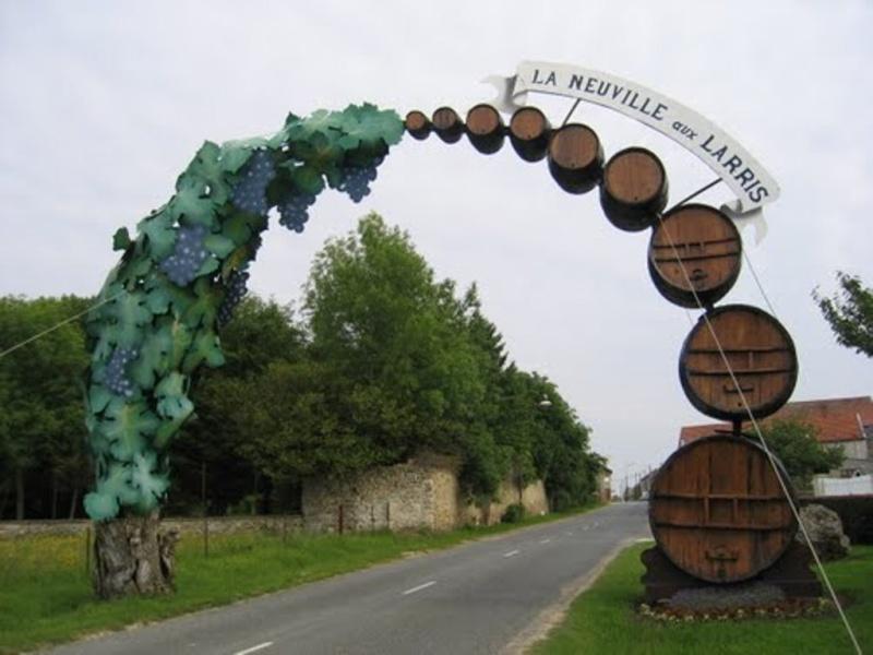La NEUVILLE-aux-LARRIS La_neu11