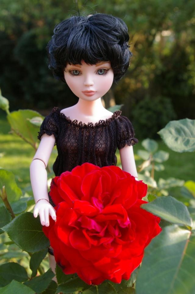 promenade au jardin de Gigi ( Ellowyne Feeling Drained) Imgp9526