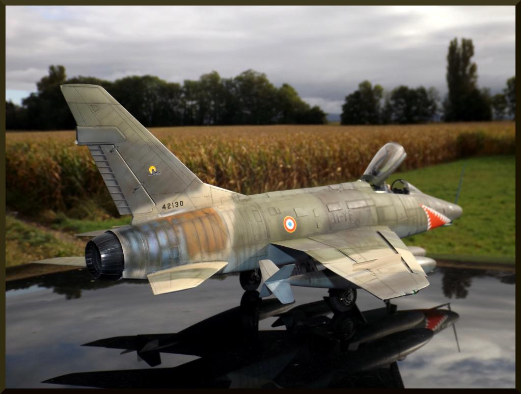 F 100-D TRUMPETER 1/32 Dehors14