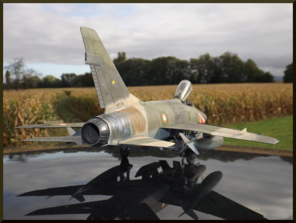 F 100-D TRUMPETER 1/32 Dehors15