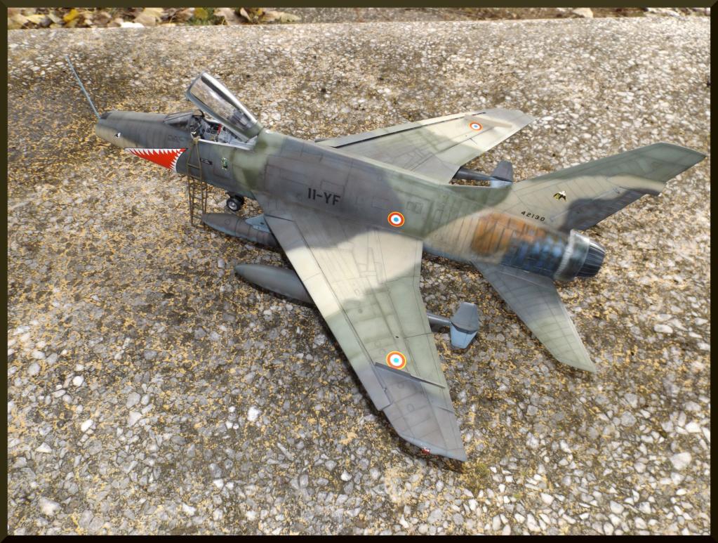 F 100-D TRUMPETER 1/32 Dehors19