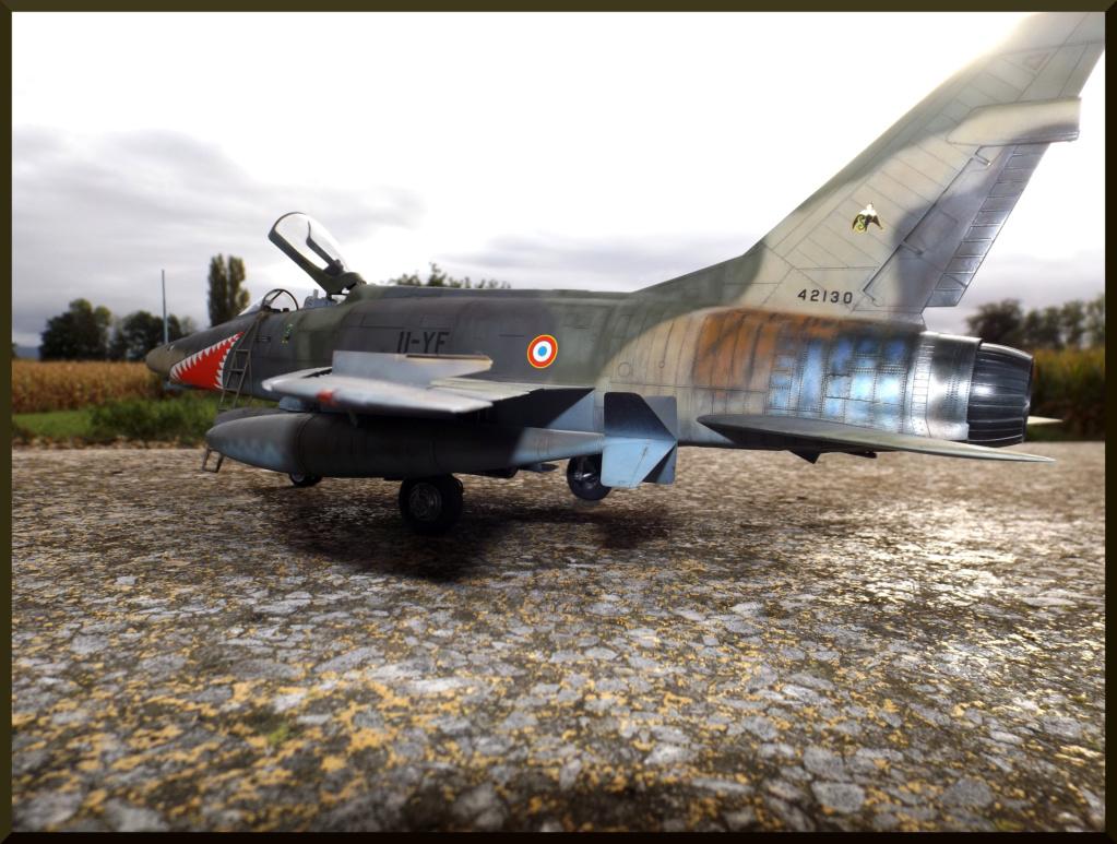 F 100-D TRUMPETER 1/32 Dehors20