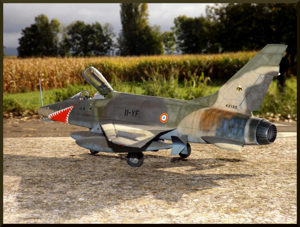 F 100-D TRUMPETER 1/32 Dehors22