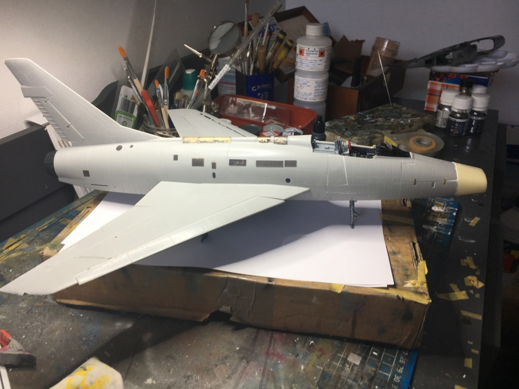 F 100-D TRUMPETER 1/32 - Page 3 Img_5220