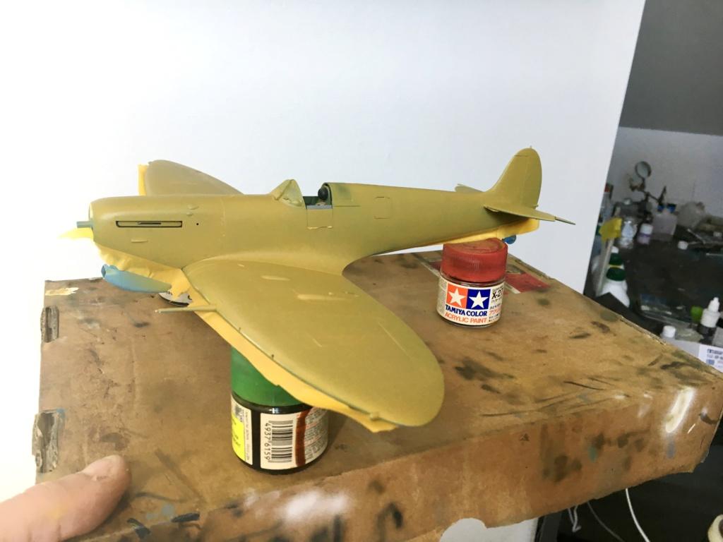 Spitfire MKVb trop  hobbyboss 1/32  - Page 2 Middle11