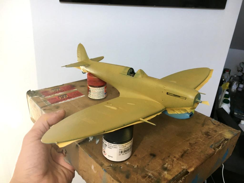 Spitfire MKVb trop  hobbyboss 1/32  - Page 2 Middle13