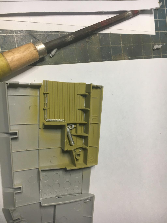 P47-D razorback 1/32 TRUMPETER  P40_ec14