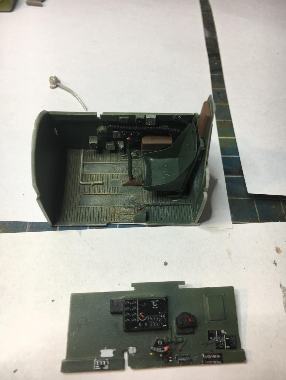P47-D razorback 1/32 TRUMPETER  Pilot_15