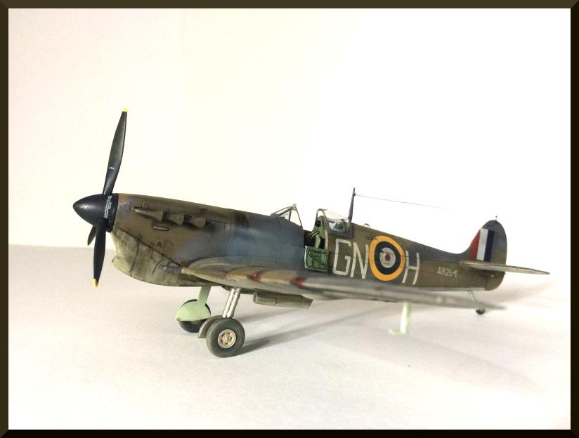 spitfire MKVb airfix 1/48  - Page 2 Spitfi22