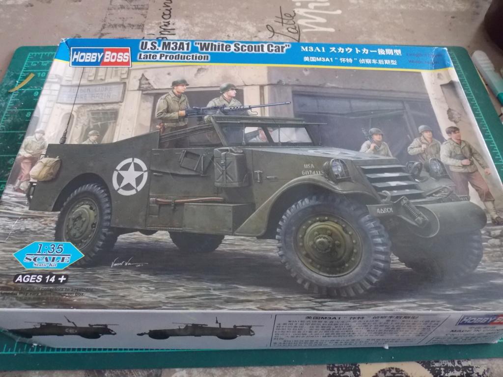 """White Scout Car """"ONDINE""""  2me DB (HOBBY BOSS 1/35) Dscn7111"""