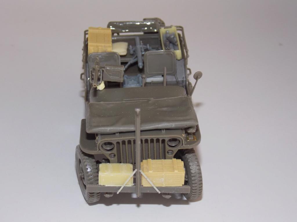 jeep indochine - Jeep BRONCO et decor MINIART 1/35  TERMINE Dscn7412