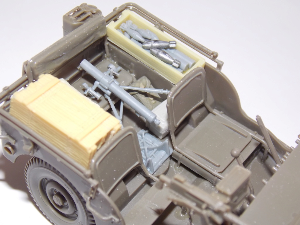 jeep indochine - Jeep BRONCO et decor MINIART 1/35  TERMINE Dscn7413