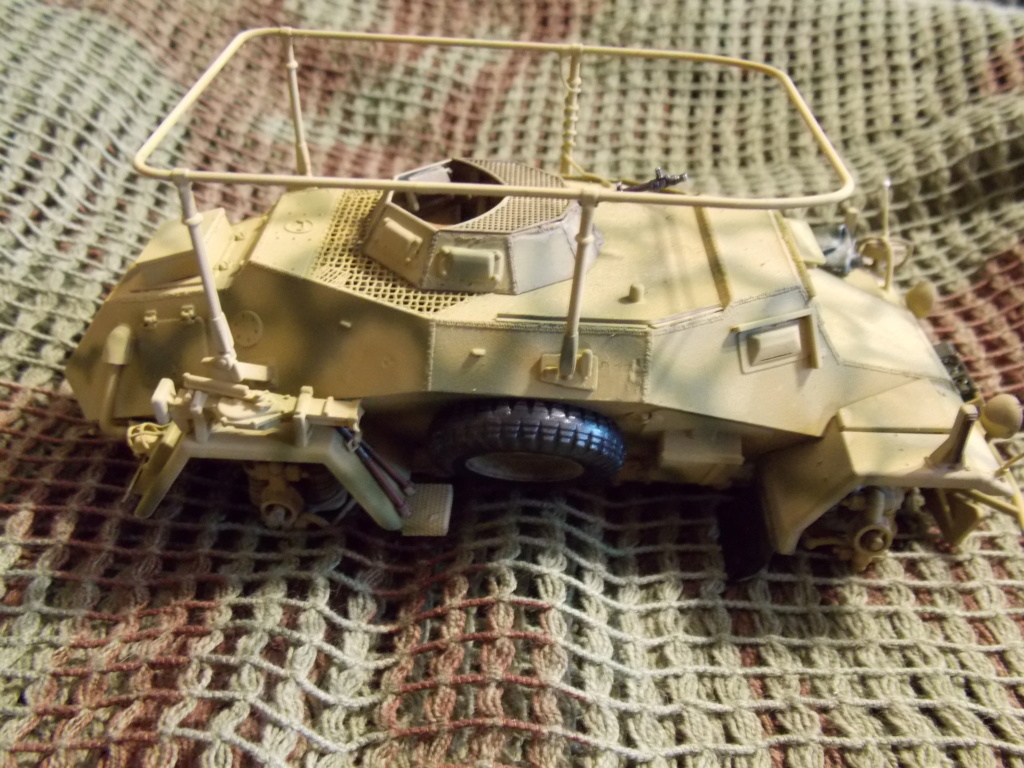 "12  SS ""BABY DIVISION"" Panther takom sdkfz 223hobby boss  1/35 - Page 2 Dscn7910"