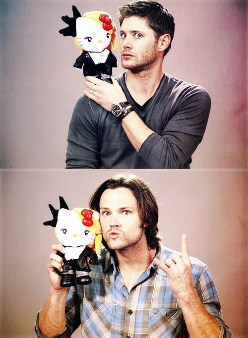 PHOTOS de Jared - Page 3 31273110