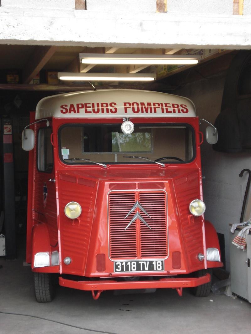 """Présentation & Restauration : HZ ambulance pompie rcarrosserie """"Drouville et Carrier"""" - Page 2 Dsc03813"""