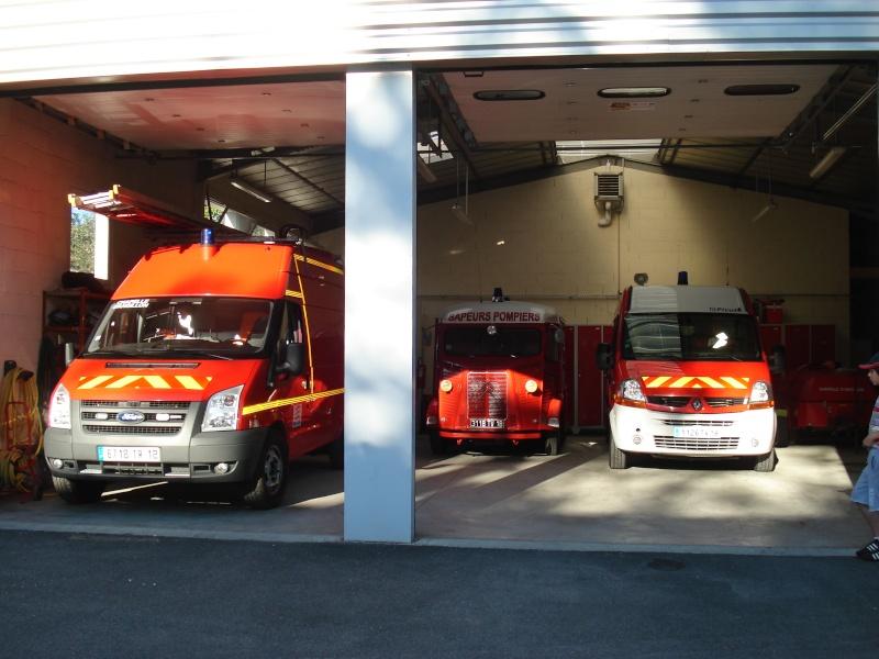 """Présentation & Restauration : HZ ambulance pompie rcarrosserie """"Drouville et Carrier"""" - Page 3 Dsc05218"""