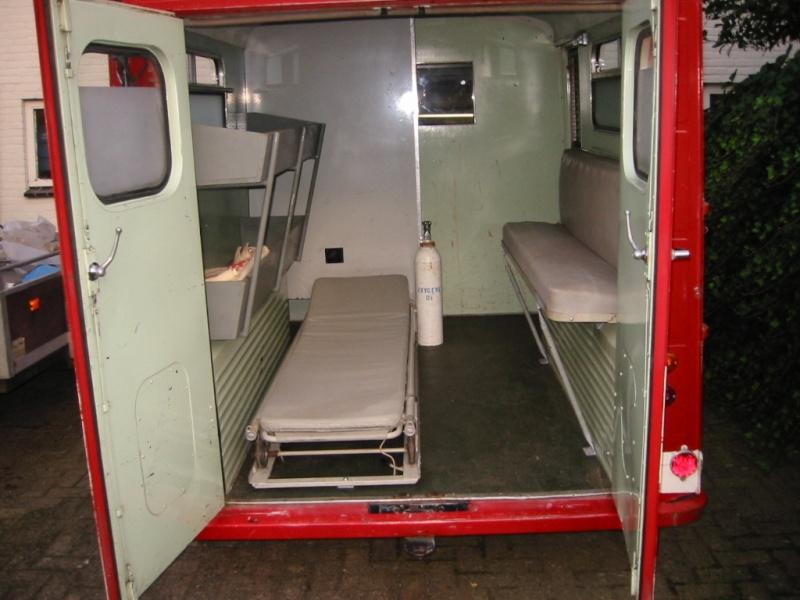 """Présentation & Restauration : HZ ambulance pompie rcarrosserie """"Drouville et Carrier"""" - Page 3 Img_1510"""