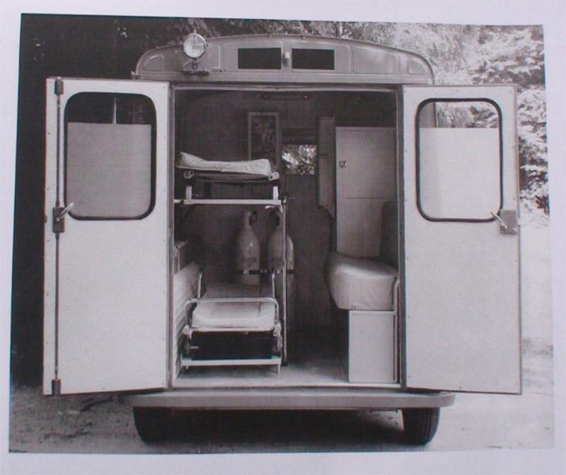 """Présentation & Restauration : HZ ambulance pompie rcarrosserie """"Drouville et Carrier"""" - Page 3 Int10"""