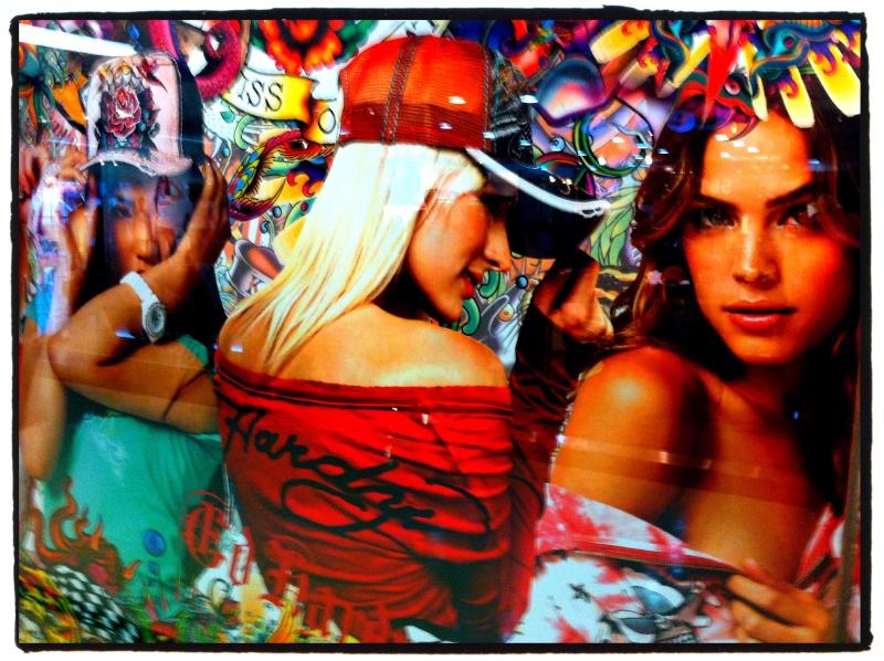 Graffitis, affiches, pub, peintures, sculptures, art - Page 2 Img_1616