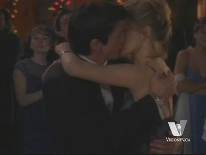 Joe et les baisers Hg_210