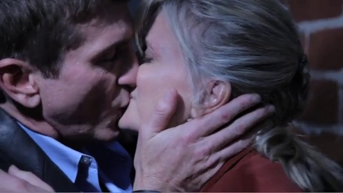 Joe et les baisers Thebay12