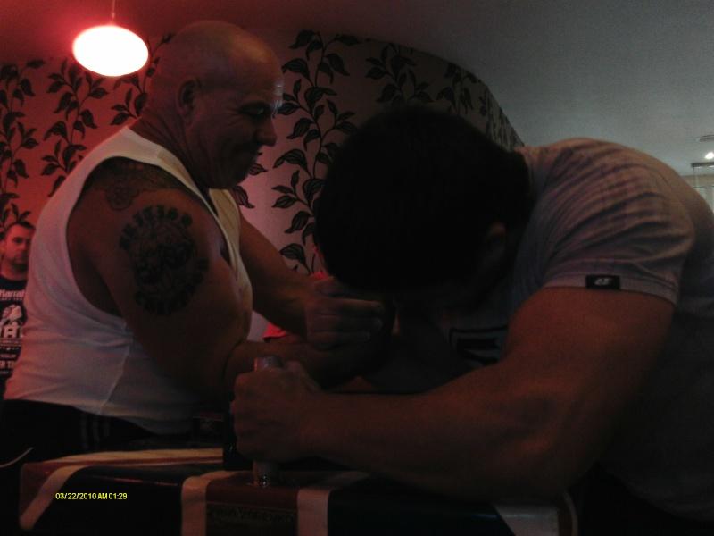 Slavi Zahariev this guy pulled 3 weight classes at preston comp Presto38