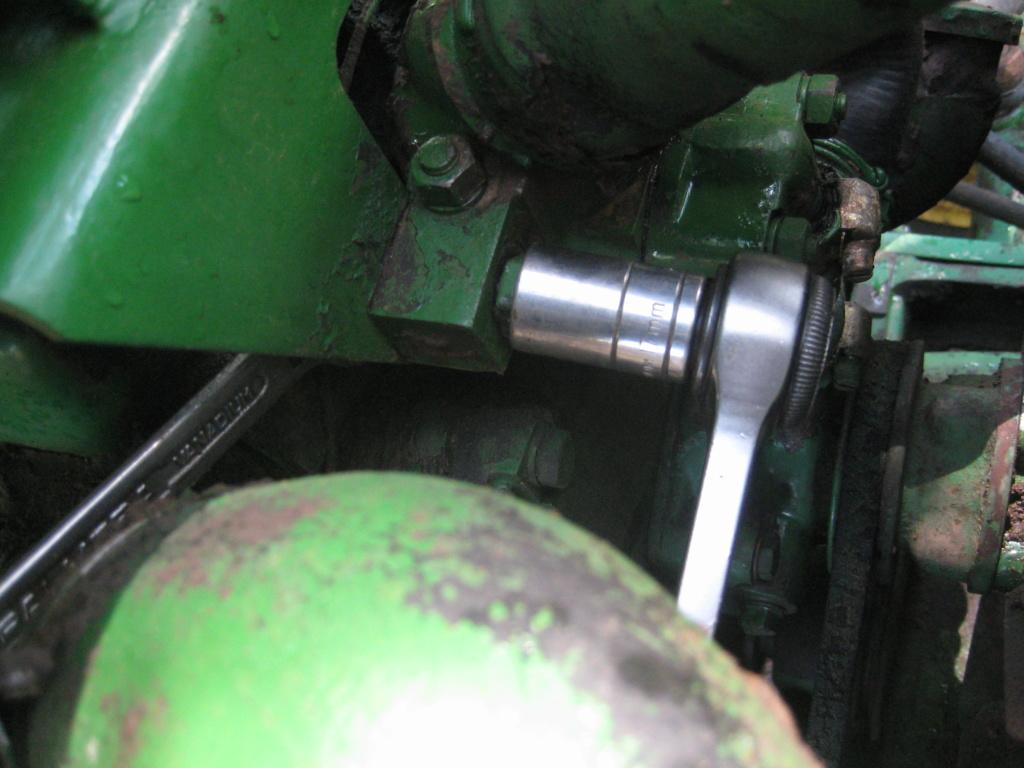 Cómo cambiar el termostato del motor: tutorial. Img_0015