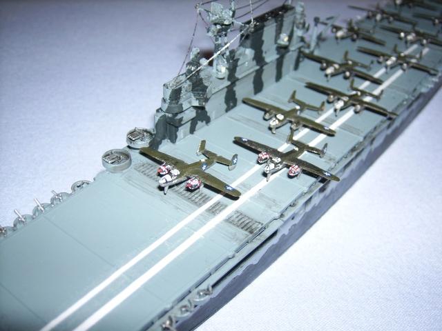 le USS hornet C-V8  Spa51916