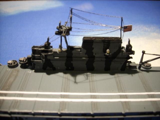 le USS hornet C-V8  Spa51922