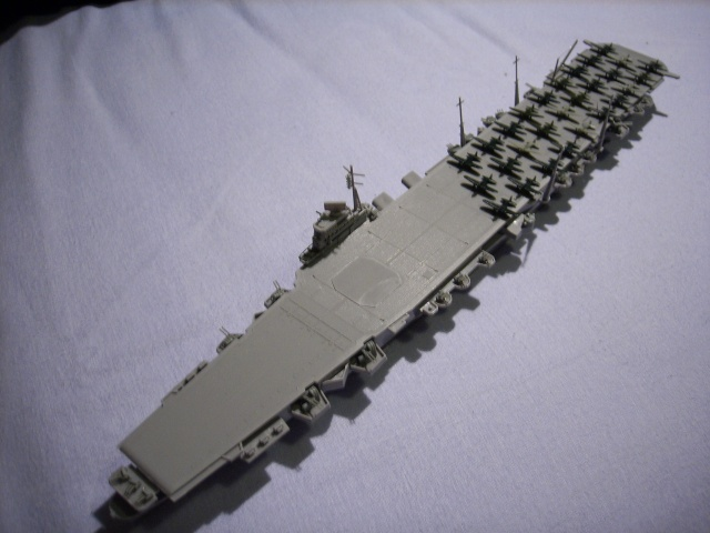 Porte-avions IJN Unryu 1/700 - Aoshima - Page 2 Spa51958