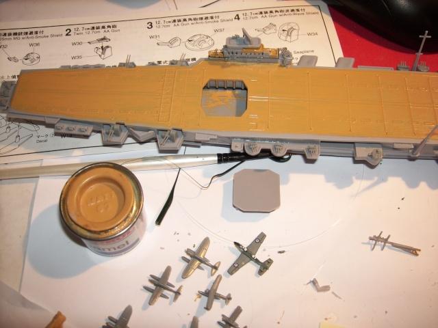 Porte-avions IJN Unryu 1/700 - Aoshima - Page 2 Spa51965