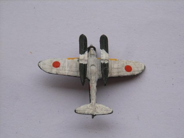 Porte-avions IJN Unryu 1/700 - Aoshima - Page 3 Spa52021
