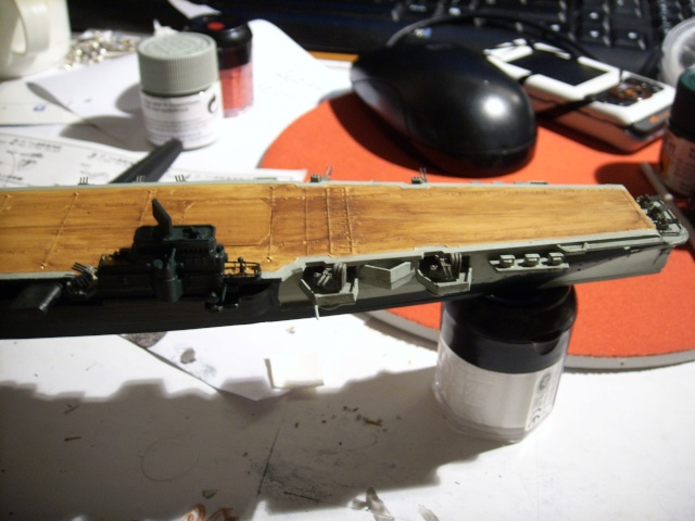 Porte-avions IJN Unryu 1/700 - Aoshima - Page 3 Spa52030