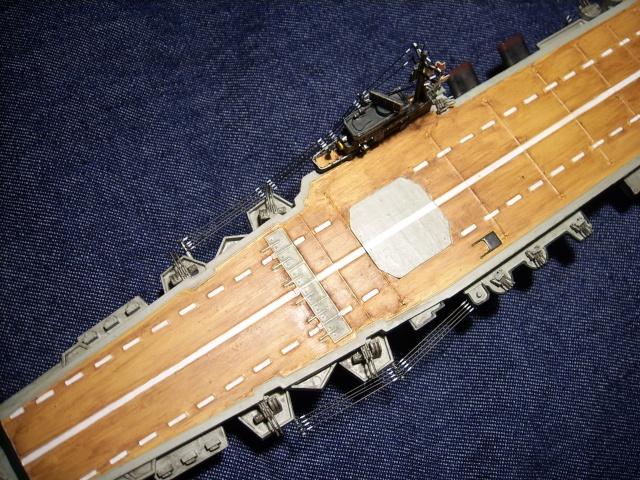 Porte-avions IJN Unryu 1/700 - Aoshima - Page 6 Spa52063