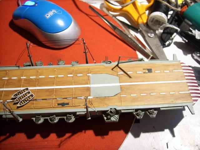 Porte-avions IJN Unryu 1/700 - Aoshima - Page 7 Spa52117