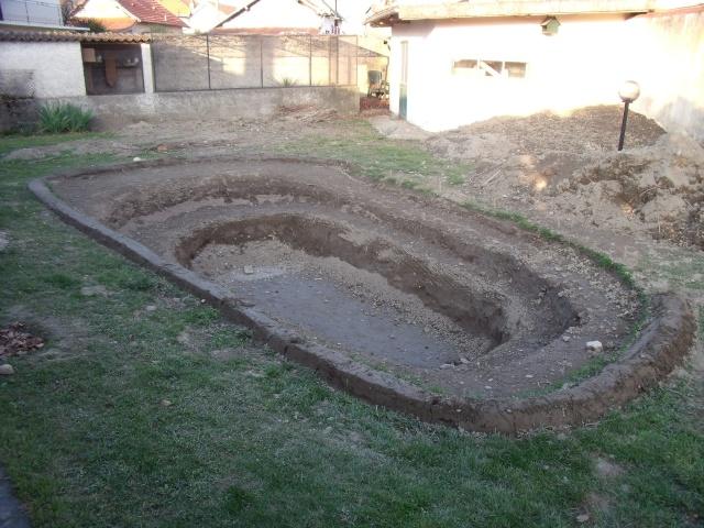 Construction d'un bassin d'environ 16000L 1210