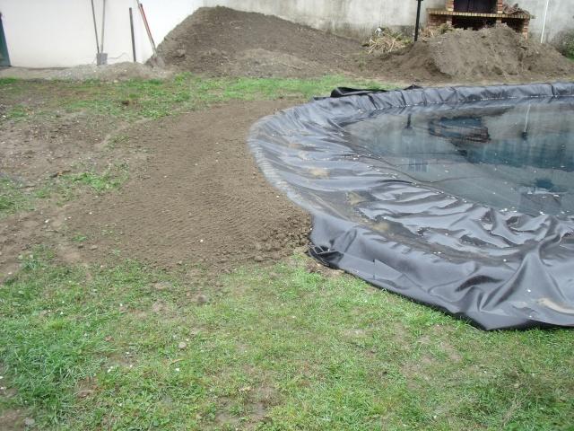 Construction d'un bassin d'environ 16000L Dscf1411