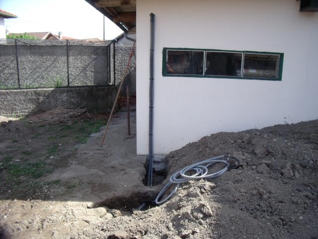 Construction d'un bassin d'environ 16000L Dscf1414
