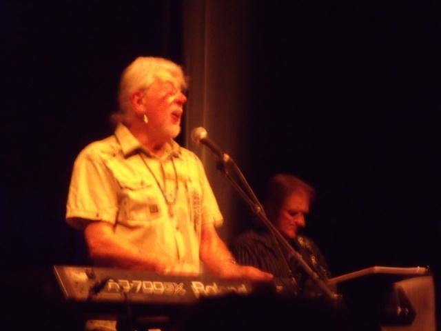 John Mayall + the Yardbirds (le 5.10 au pays de la rillette) Dscf3611