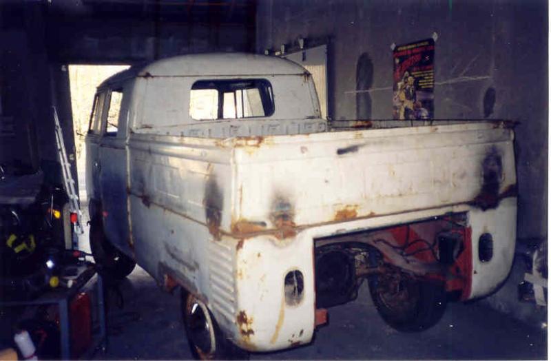 Crew cab 1962 Dove blue Combi310