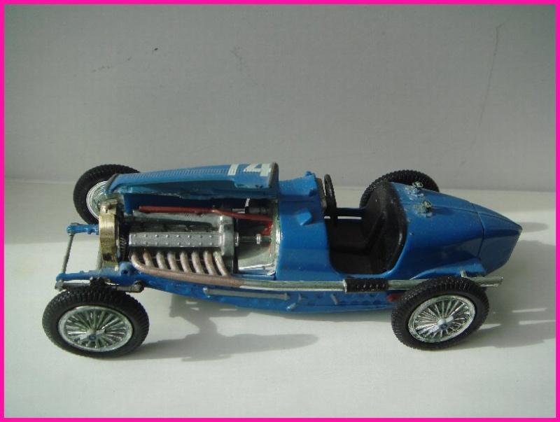 Tiens j'ai retrouvé cela dans le faux-plafond dans une boîte... une bugatti Bugatt10