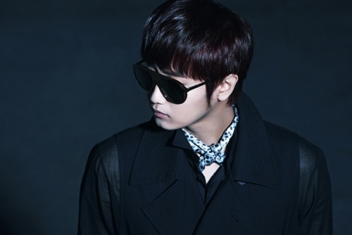 [SOLO] 12/05/2011 - Heo YoungSaeng 'LET IT GO' - Page 6 Tumblr25
