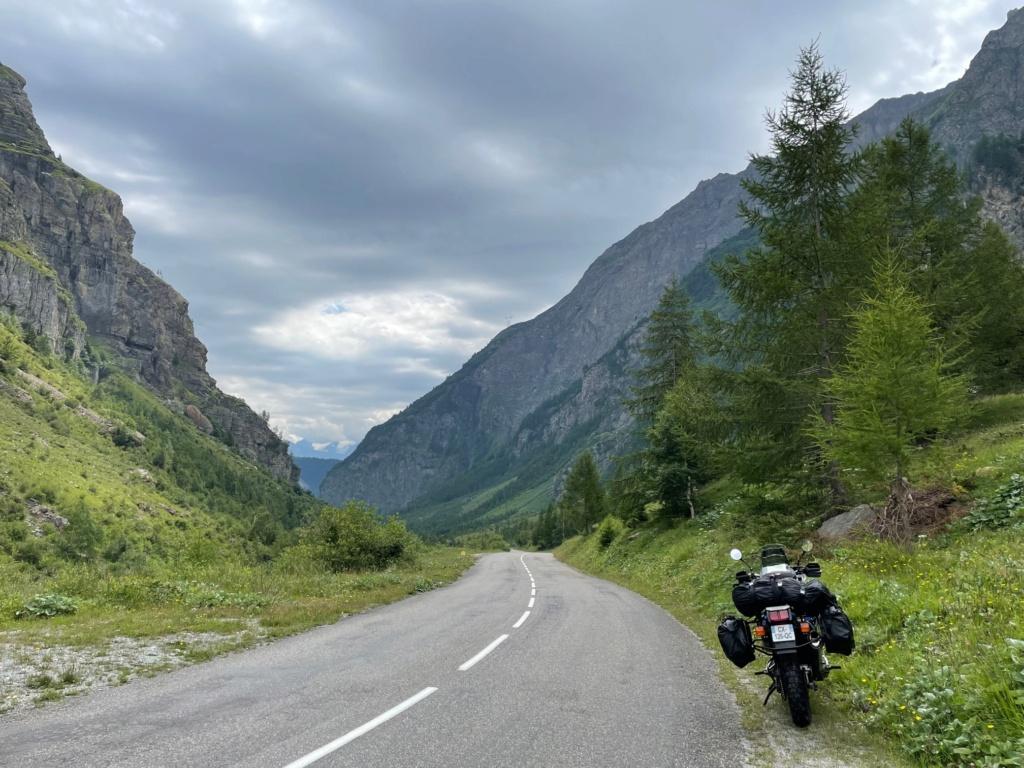 XTZ 750 de 1989 d'Umul : Route des Grandes Alpes Img_9128