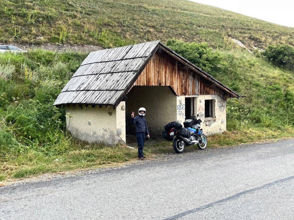 XTZ 750 de 1989 d'Umul : Route des Grandes Alpes Img_9226