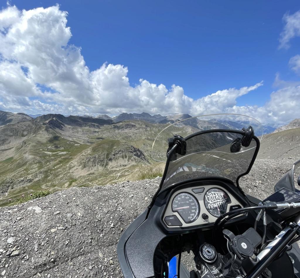 XTZ 750 de 1989 d'Umul : Route des Grandes Alpes Img_9316