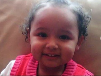 ATIYA WILKINSON 2 when abducted - Tameside, Greater Manchester (UK) - 06/11/2009 Aaw11