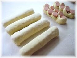 Petits pains aux saucisses  Pict0520
