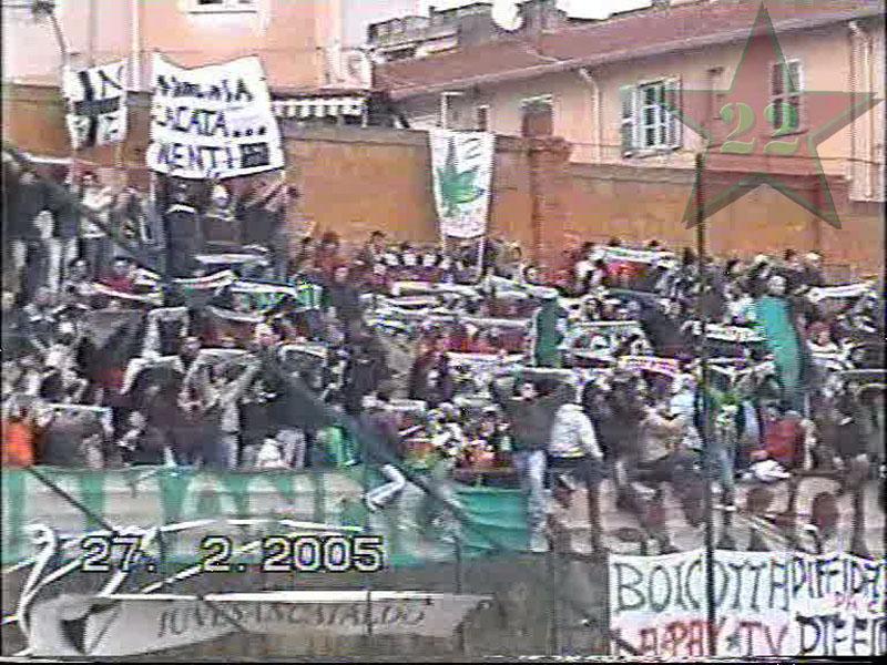 Stagione Ultras 2004/2005 - Pagina 2 Cnsc1010